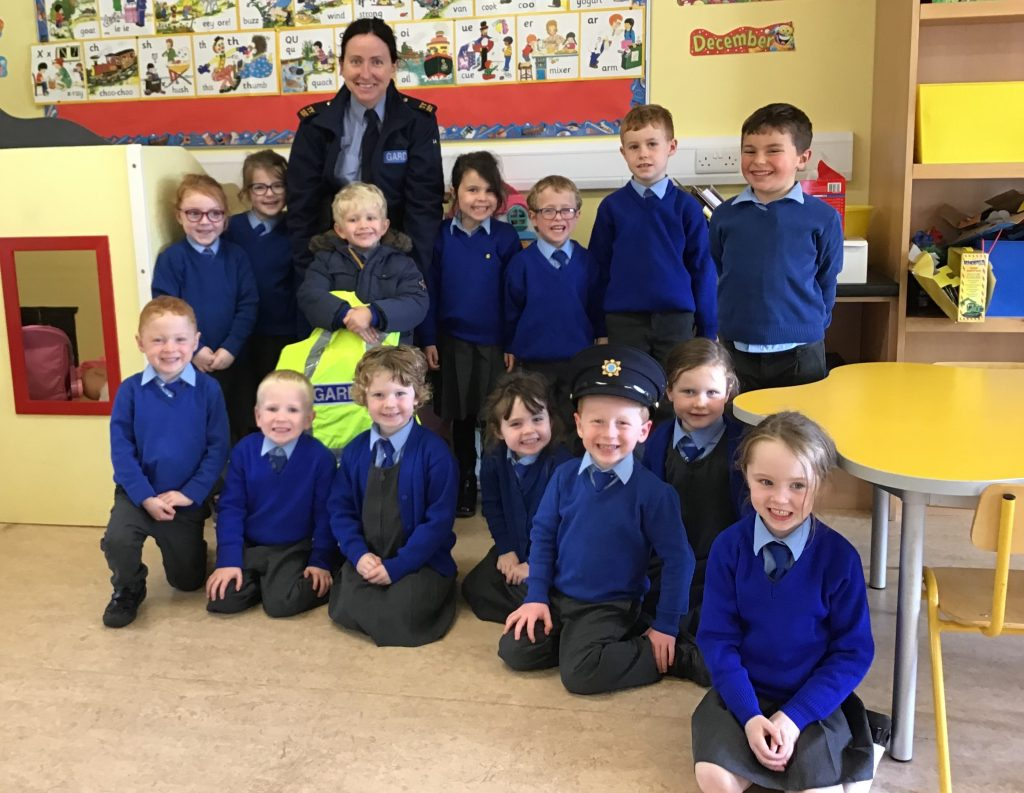 Garda Kelly Visits Drom NS for Friendship Week